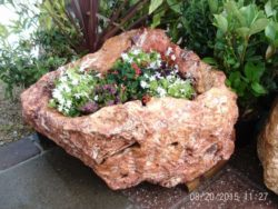 Large Natural Rock Water Feature