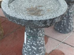 SMALL NATURAL BIRDBATH DARK GREY
