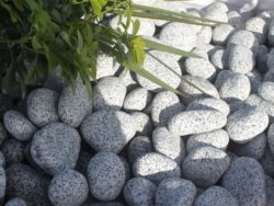 SILVER GREY GRANITE COBBLES