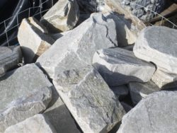 GREY QUARTZ ROCKERY